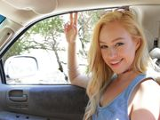 Sunny sucky by sexy blonde hippie