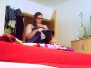 Laura Meurer beim anziehen heimlich gefilmt