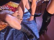 Mistress Lisa Berlin - sit on my strapon