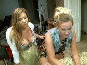 Hardcore threesome on webcam - HOTWEBCAMTEENS.ORG