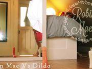 r0b1n m@3 - vs. dildo