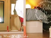 r0b1n m@3s - vs dildo