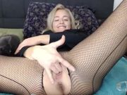 MILF SQUIRTS ON KITTEN BY ACCIDENT