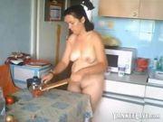 Wife prepares hubbys breakfast naked 3