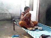 Newly Married Bhabhi in Red Bangles Scandal Leaked