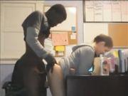 chico negro folla su companera de escuela