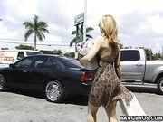 Nina Hartley Does Miami