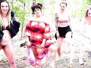 XxXMaren AKA DabbyLala - Peeing with kinky_wild1, Nikki_Zee and RawrSammi