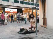 stella cox desnuda por la calle 2