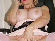Amateur Horny Women - Video Slideshow.