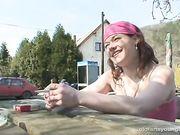 Lara Crow - The seduced waitress (29.08.2008)