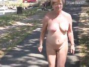 This Dutch pig Claar again walking in public