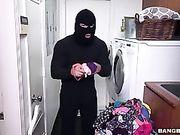 Sara Jay Fucks The Thief