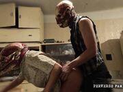 horror family - drogada y alucinada