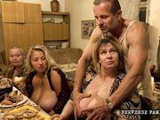 horror family - gordas